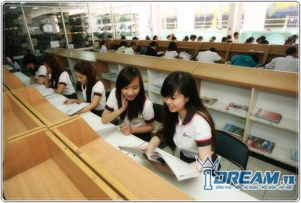 Áo sơ mi đồng phục trường đại học THPT 08 - 24-Dong-phuc-DH-cong-nghiep-tp-ho-chi-minh-cuc-hot-dep-dong-phuc-nu-sinh.jpg